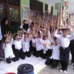 Minimnya Alat Tradisonal, IKPP Serang Berikan Bantuan 200 Angklung ke SD di Kabupaten Serang