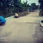 Kades Rancadaka Dan Sekdes Pusakaratu Membangun Infrastruktur Jalan Dan Jembatan