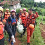 Jasad Bocah Tenggelam di Kali Angke Tangsel di Ketemukan